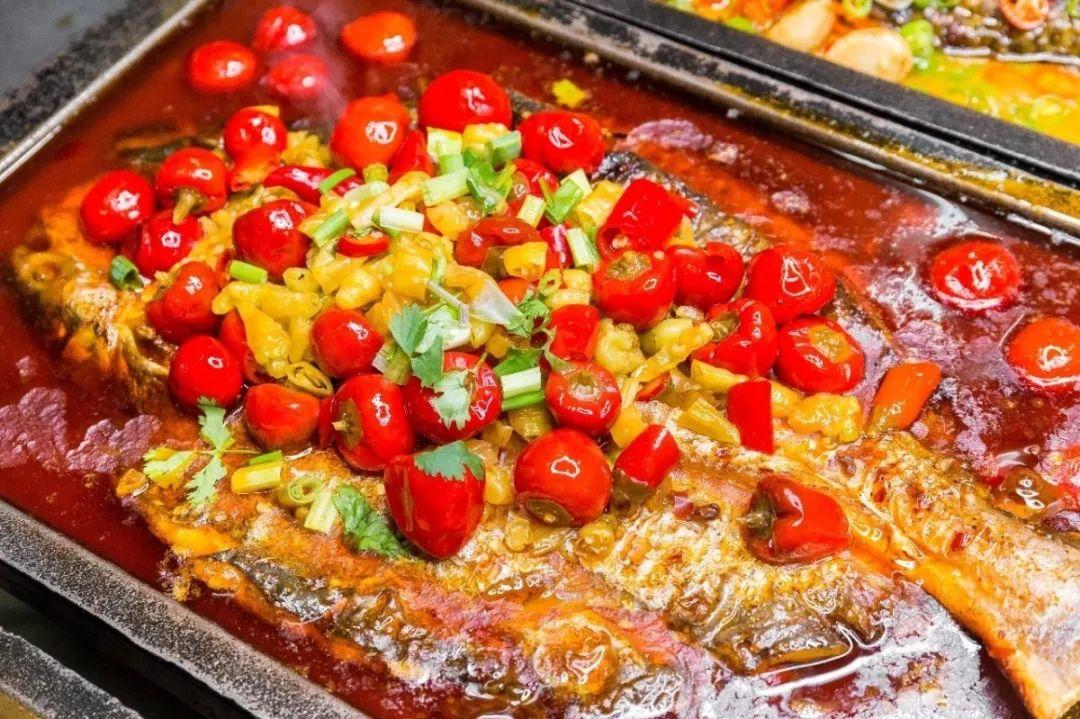 【河东嘉里汇|悦林湾·焖锅纸包鱼】仅79.9元享门市价256元【烤鱼套餐】新鲜清江鱼,8种口味可选择,还有丰富配菜等你来享!