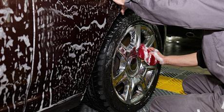 【互联网+洗车】落户西安:99元洗一年,平均不到2块钱!50家店通用,走到哪洗到哪!