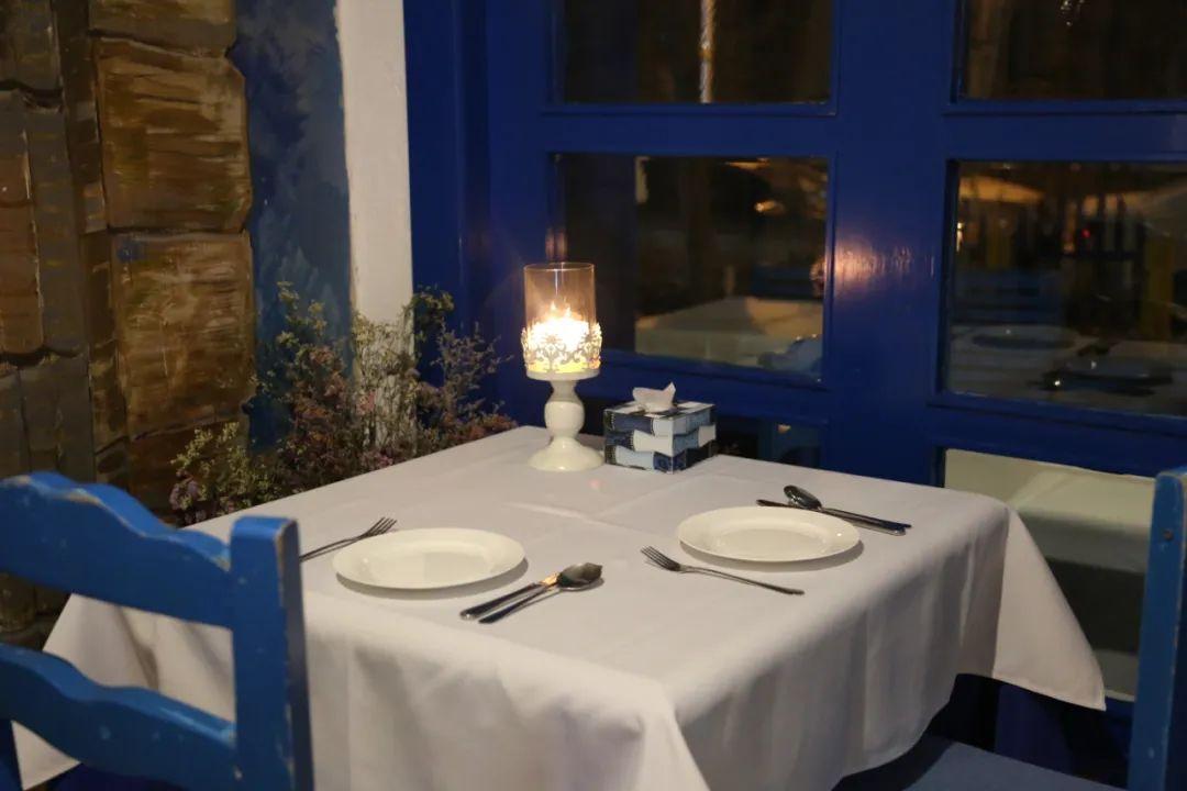 希腊风味盛宴!仅236元享门市价574元【雅典娜希腊餐厅】福利套餐!芝士菠菜派&皮塔饼+希腊烤肉沙拉+甜品+饮品等超多美味