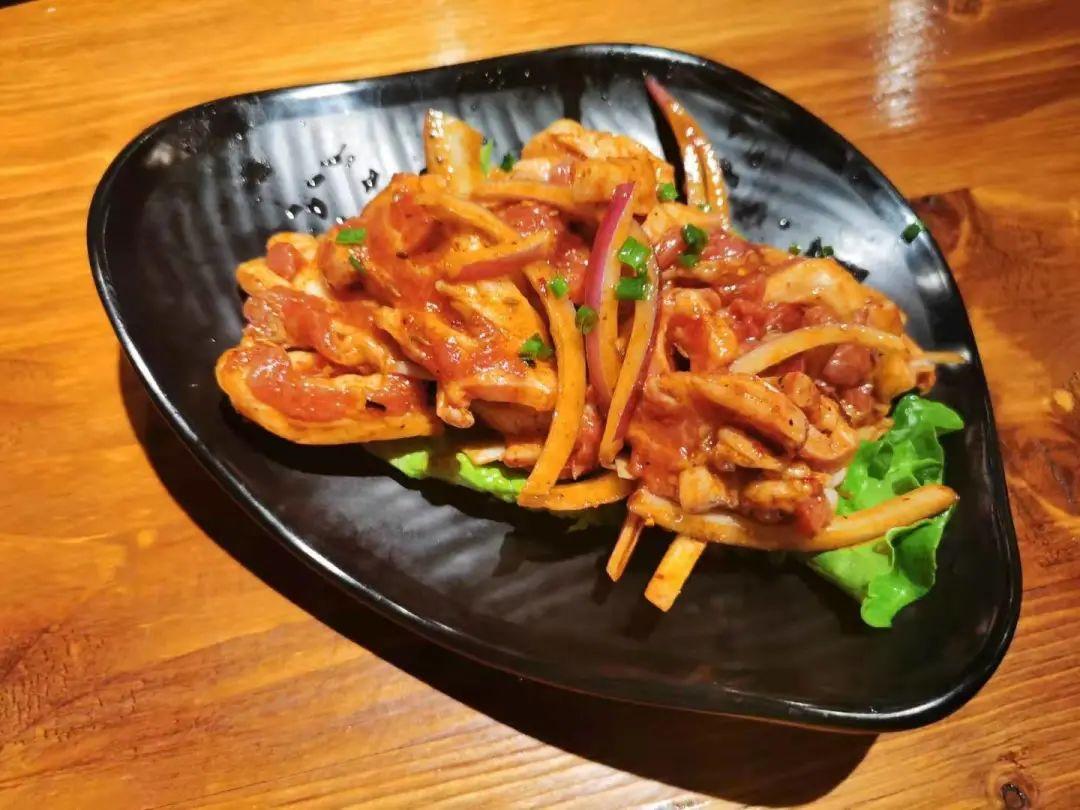 【中州新城-湘式烤肉】仅79元享门市价186元的『烤肉套餐』多重美味~特级五花肉+秘制鲜羊肉+意式培根+风味鸡肉排+...