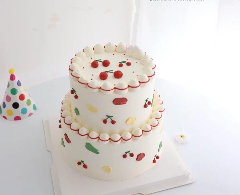 【Happy time艺术蛋糕 |4环内免费配送上门】仅138元=8英寸+6英寸双层网红款蛋糕!款式6选1:~ 森系莫奈花园➕ 圣诞草莓小姐 ➕ 简洁月贵女神 等,节日、生日…一键搞定 快把甜蜜带回家!