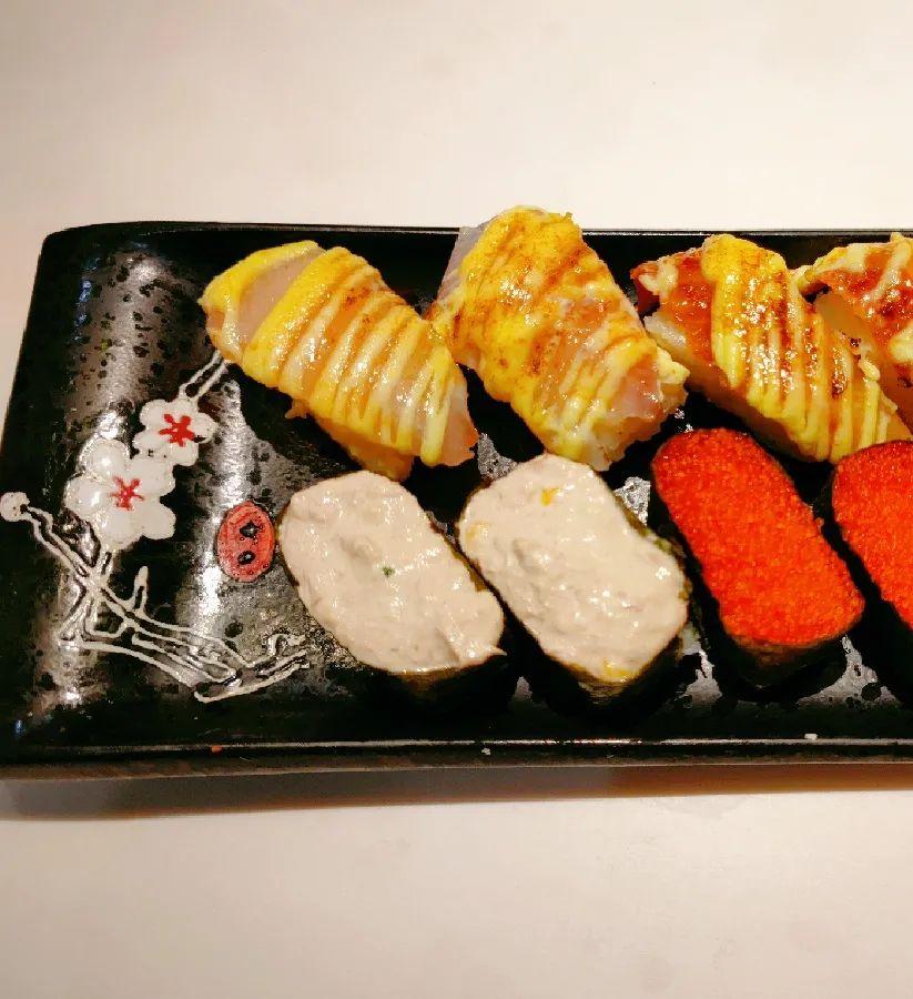 【无需预约丨爱琴海公园丨寿司印象】日料控全体起立,人均几十也能吃到地道的日式料理啦!69.9元享门市价150元的【寿司印象】双人套餐…