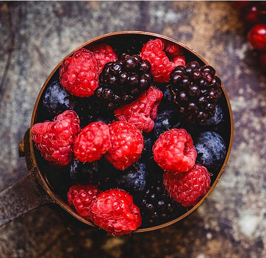 【中科院植物研究所出品,一袋30ml≈160颗蓝莓营养价值】仅49元=10包享官网价149元【莓小仙 叶黄素莓果集萃饮品30ml*10包】3种益生菌、3种益生元、1种多糖、以及蓝莓、树莓、黑莓3种浆果,原料健康有机,中科院植物研究所、江苏省农科院联合研发,富含花青素、叶黄素,缓解眼疲劳,抗氧化增强免疫力,每一滴都是精华。美国植物营养医生、莓类植物研究博士等专家都大力推荐~