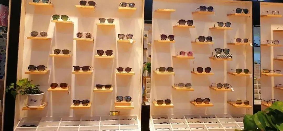 【六店通用/无需预约/MiRi眼镜】仅58元购门市价576元【眼镜套餐】1.56非球面树脂镜片+时尚TR镜框+精准验光服务!多种款总有一款适合你~品质老店值得信赖!