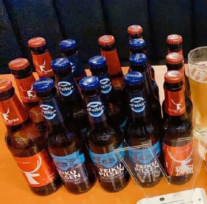 【2店通用】喝酒狂欢,今夜不醉不休!39.9元享门市价168元【3398】24瓶品牌啤酒+果盘一份+小吃两份,让你痛快喝啤酒~在音乐中体味苦涩,在酒水中感悟人生