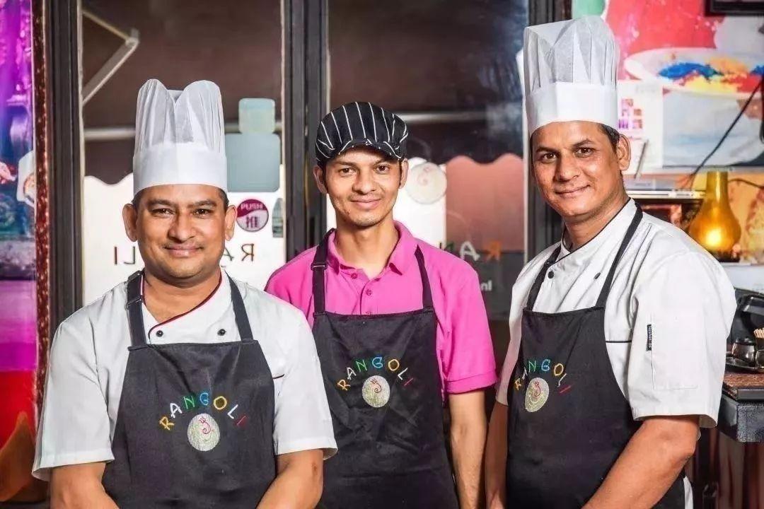 【地铁直达|2折套餐|地道印度菜|环境优雅】古北SOHO·蓝果丽RANGOLI印度餐厅】全印度班底!99元购门市价482元套餐!蓝果丽特制烧烤拼盘、奶油鸡肉咖喱……