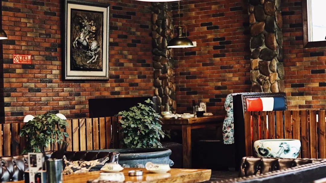 【近大兴龙湖天街】129元享门市价351元的【漫享主题餐厅】3-4人铜锅涮肉套餐:清汤锅底,羊尾油,肥牛1号,高钙羊肉,精品羔羊肉,鱼豆腐,鱼丸,鸭肠,白菜,白萝卜,土豆片,川粉,火锅面,麻酱小料…深冬就是铜锅涮肉的季节!