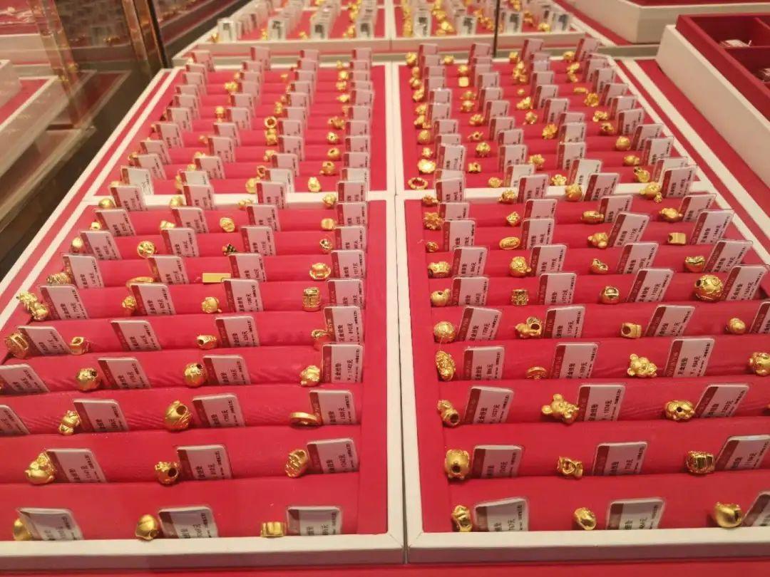 火爆加推【无需预约·三店通用·张万福珠宝】仅68元享门市价699元only you钻石手镯!88元享899元爱的记忆项链!自带或送人都倍儿有面!