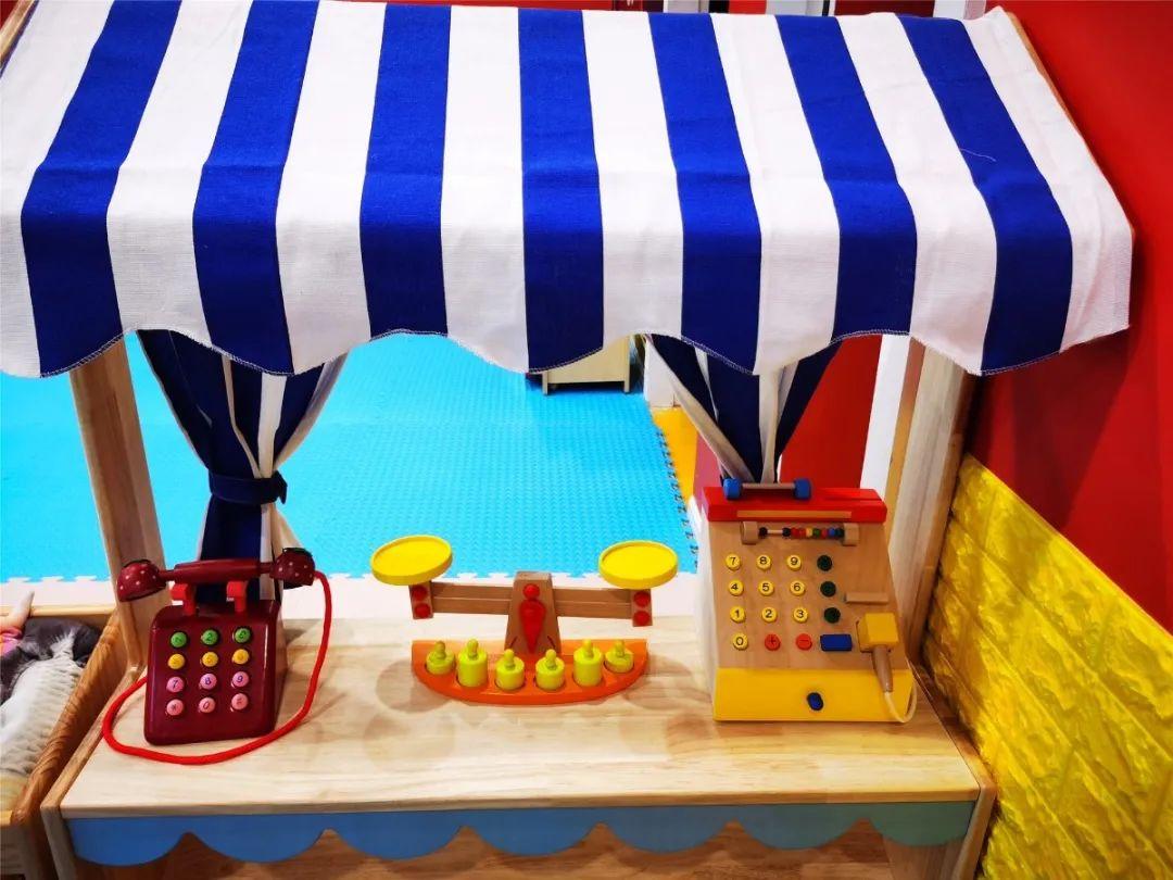 【鸳鸯月光之城-无需预约】宝贝欢乐行,打卡遛娃好去处!29.9元=1大1小购门市价98元【趣玩梦想家乐园】套票,环境清新干净,淘气堡、沙池、海洋球,还有新项目趣味屋,来尽情嗨一天~~