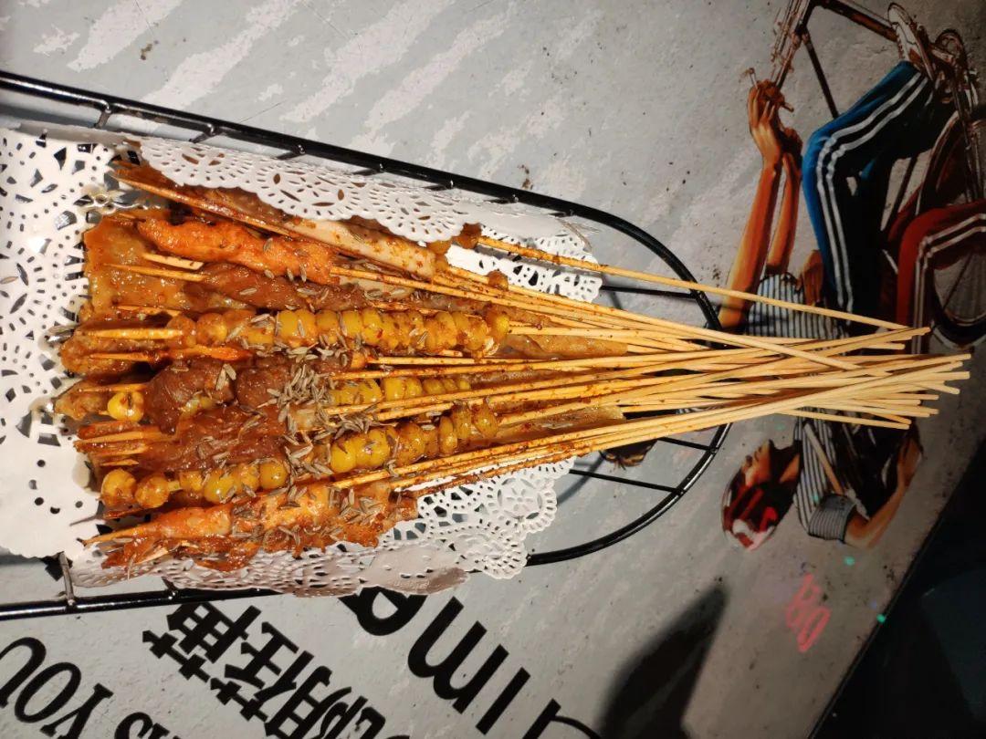 【免预约·茂业·多嘴肉蟹煲】鲜香肥美梭子蟹海鲜福利终于来了~仅158元享门市价426元豪华3-4人套餐,至尊海鲜大煲( 8荤5素)+火鸡肉沙拉+…全部采用活蟹烹饪,肉质鲜嫩,回味无穷~